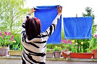 Es sind zum allergrößten Teil Frauen, an denen die unbezahlte Hausarbeit hängen bleibt.