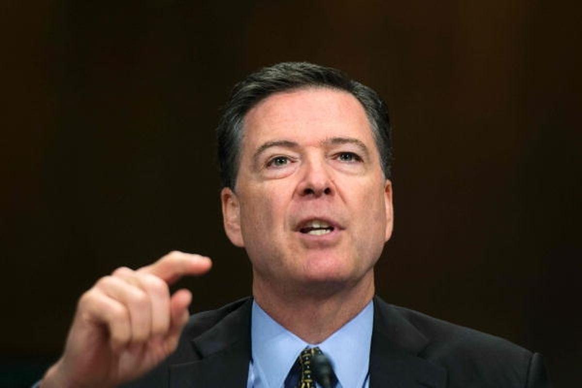 Der frühere FBI-Direktor James Comey schreibt zurzeit an seinen Memoiren.