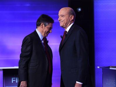 Qui des deux finalistes de la primaire à droite, Alain Juppé (à droite) ou François Fillon (à gauche) l'emportera dimanche soir?
