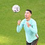 Alemanha vs Portugal. Aluga-se um pontapé à Carlos Manuel