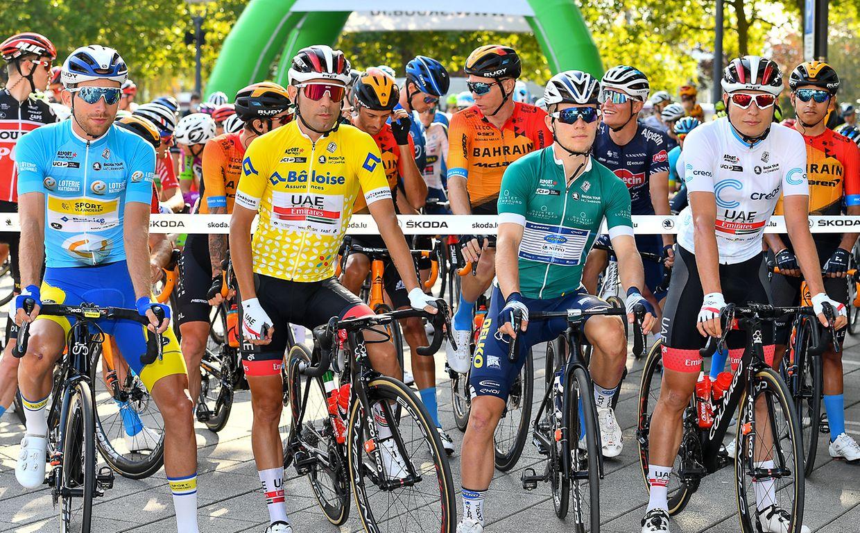Amaury Capiot (B/Sport Vlaanderen), Diego Ulissi (I/Emirates), Axel Zingle (F/Nippo) und Jasper Philipsen (B/Emirates) vor dem eigentlichen Start in Remich.
