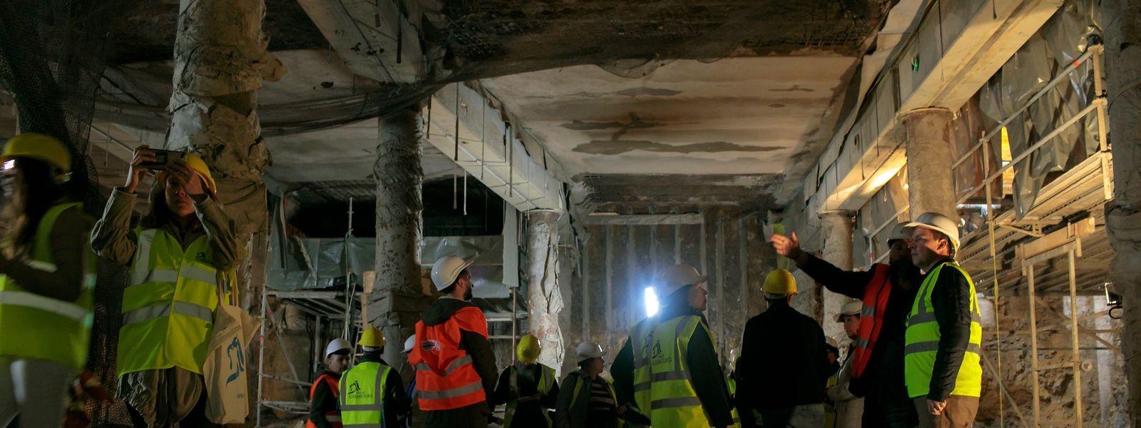 «Fait est qu'à ce stade le chantier est vraiment spectaculaire!», s'exclame la bourgmestre de la Ville, Lydie Polfer lors de la visite en souterrain de la presse.