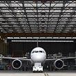 Depuis son entrée en service en 1988, Airbus cumule plus de 13.700 commandes reçues pour l'A320 toutes versions confondues.