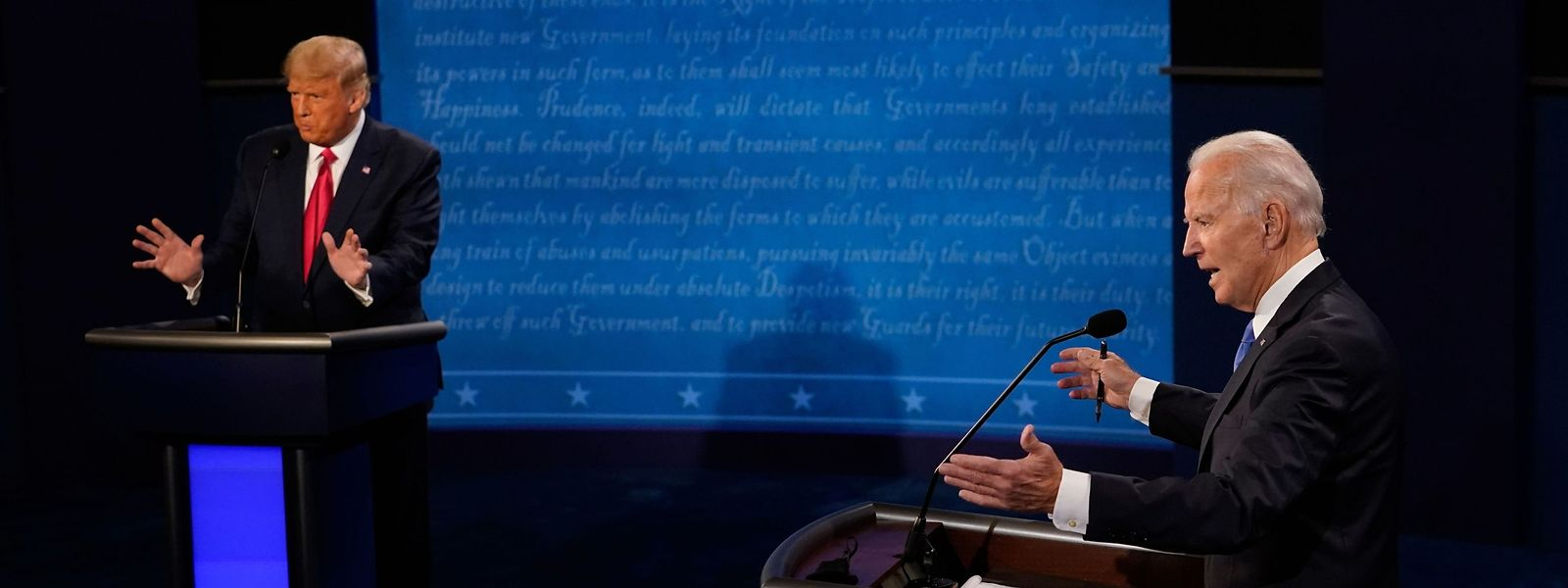 Die beiden Kontrahenten Donald Trump (l.) und Joe Biden hatten sich dieses Mal im Griff - anders als beim letzten Mal.