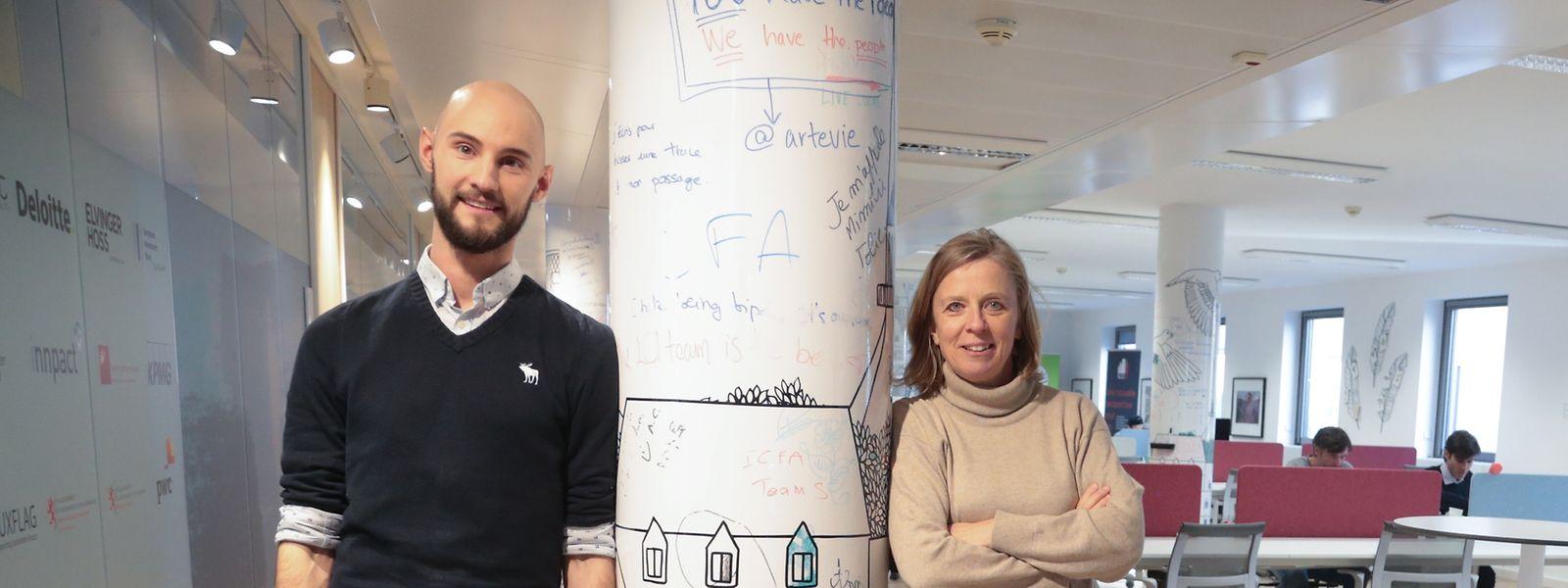 Lennart Duschinger und Innpact-Direktorin Corinne Molitor machen aus vielversprechenden Projekten Impakt-Fonds.