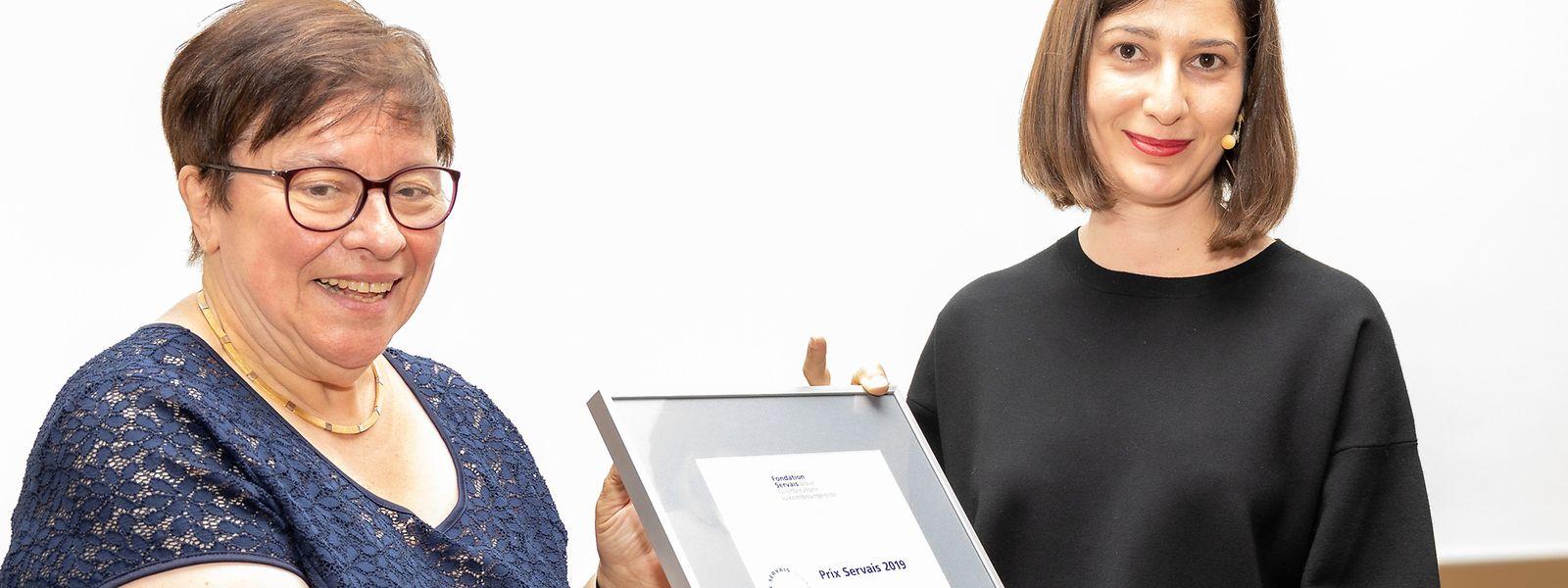 """Elise Schmit (r.) erhielt in diesem Jahr bereits den Prix Servais für ihr Werk """"Stürze aus unterschiedlichen Fallhöhen"""". Es ist auch unter den Kandidaten für den Buchpräis."""