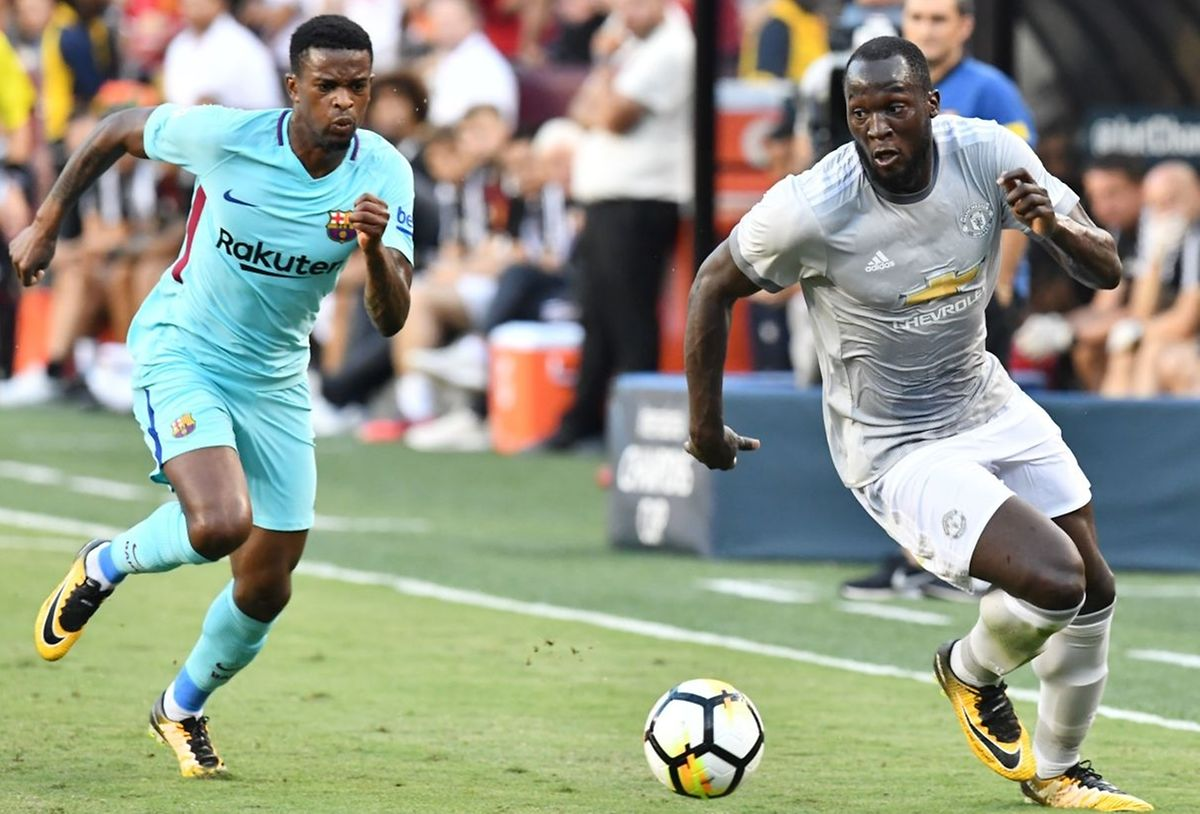 Nelson Semedo em ação na sua nova equipa, Barcelona, que venceu o Manchester United de José Mourinho