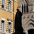 Der Sitz der Bank befindet sich in Siena.