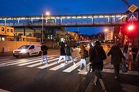 Lokales,Bushaltestellen an der Rocade de Bonnevoie.Bahnhof Luxemburg,öffentlicher Transport,Passerelle Bonneweg-Gare. Foto: Gerry Huberty/Luxemburger Wort