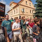 Protesto da população seca festa neonazi