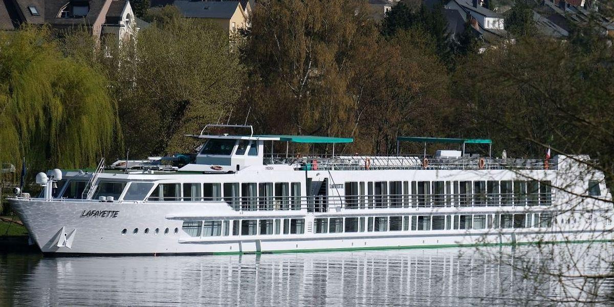 """Die """"La Fayette"""" machte am Samstag zum ersten Mal in Remich fest; Am Sonntagmittag startete sie wieder Richtung Straßburg."""