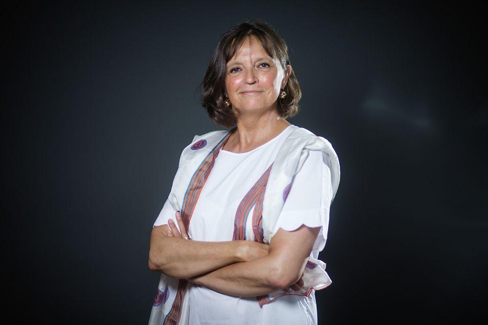 Monique Dejeans vit au Luxembourg depuis 1968, elle est conseiller consulaire et organise le bal populaire du 14 juillet.