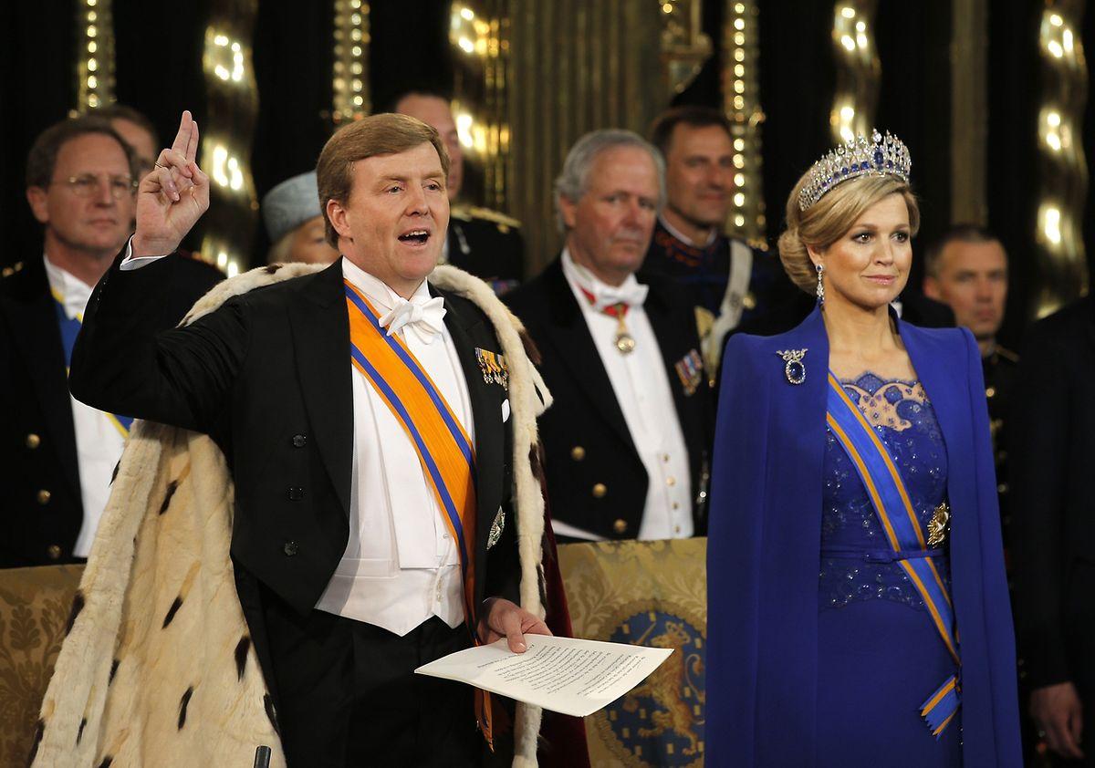 König Willem-Alexander und seine Frau, Königin Maxima, bei der Amtseinführung am 30. April 2013.