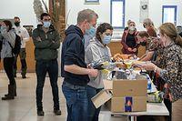 Hilfsaktion von Freiwilligen nach Überschwemmungen in Echternach / Foto: Viktor Wittal