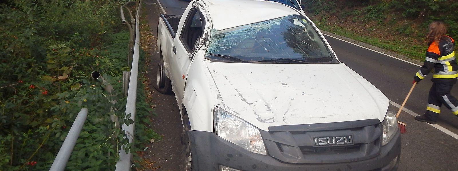 Auf der N18 von Clerveaux in Richtung Marnach war es am Sonntagnachmittag zu einem schweren Unfall mit einem Leichtverletzten gekommen.