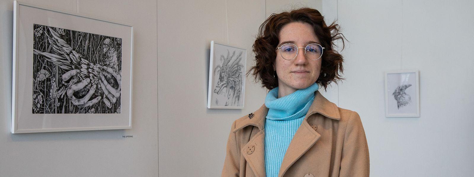 Des mathématiques au dessin, Jilly Kevo affiche une double passion.