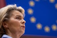 """President of Commission Ursula von der Leyen delivers a speech, on the conclusions of """"Rule of Law Conditionality and Own Resources"""", at European Parliament, in Brussels, on December 16, 2020. (Photo by JOHN THYS / POOL / AFP)"""
