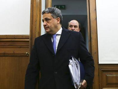 Paulo Macedo foi ministro da Saúde do governo de Passos Coelho e diretor geral dos Impostos no governo de Durão Barroso.