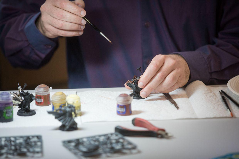 Auch eine Spielfigur-Miniaturen-Malwerkstatt steht auf dem Programm.