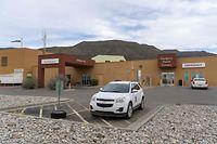 Das Kind starb in einem Krankenhaus in Alamogordo, New Mexico.