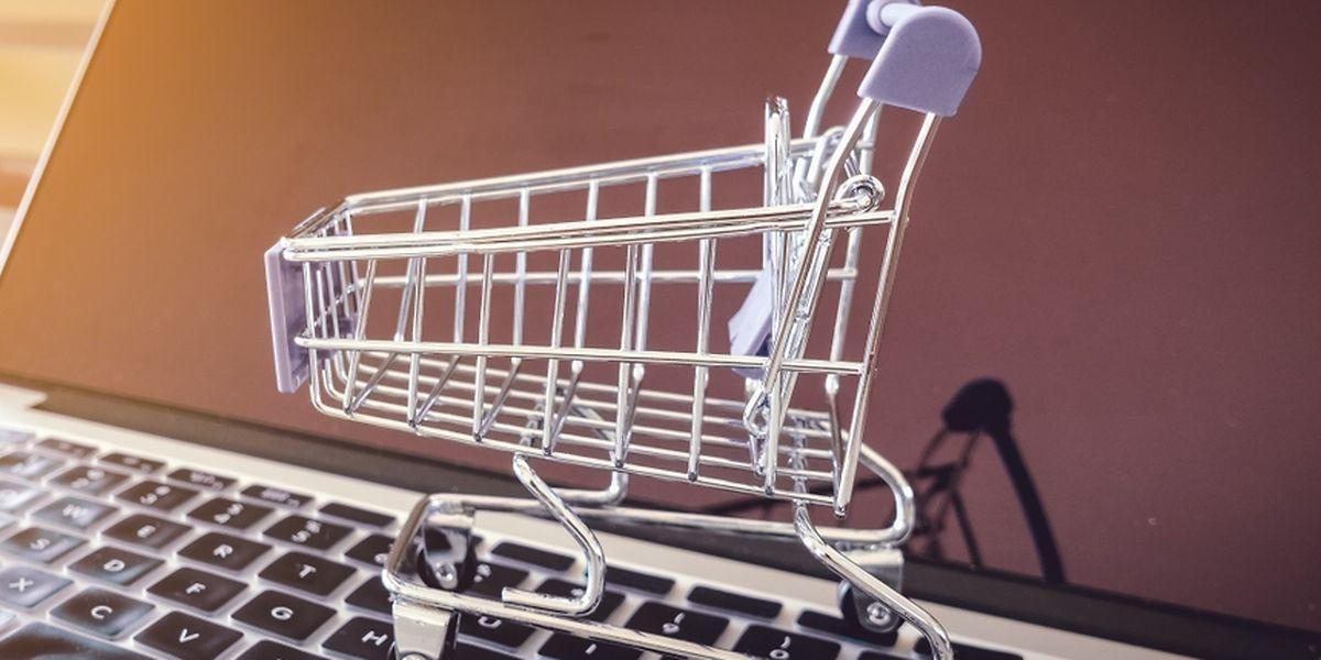 Le site permet de se faire livrer, à domicile ou en magasin, des produits provenant de différentes enseignes luxembourgeoises.