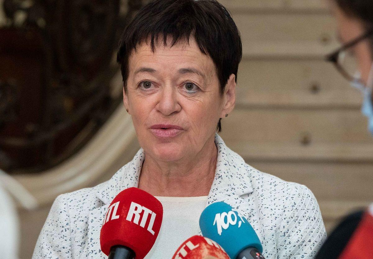 Für Josée Lorsché von den Grünen muss langfristig geklärt werden, welchem Ministerium die Altenheime unterstellt werden.