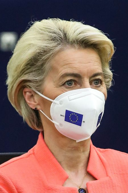Priorität müsse nun haben, das Impfen überall auf der Welt voranzubringen, so die Kommissionspräsidentin.