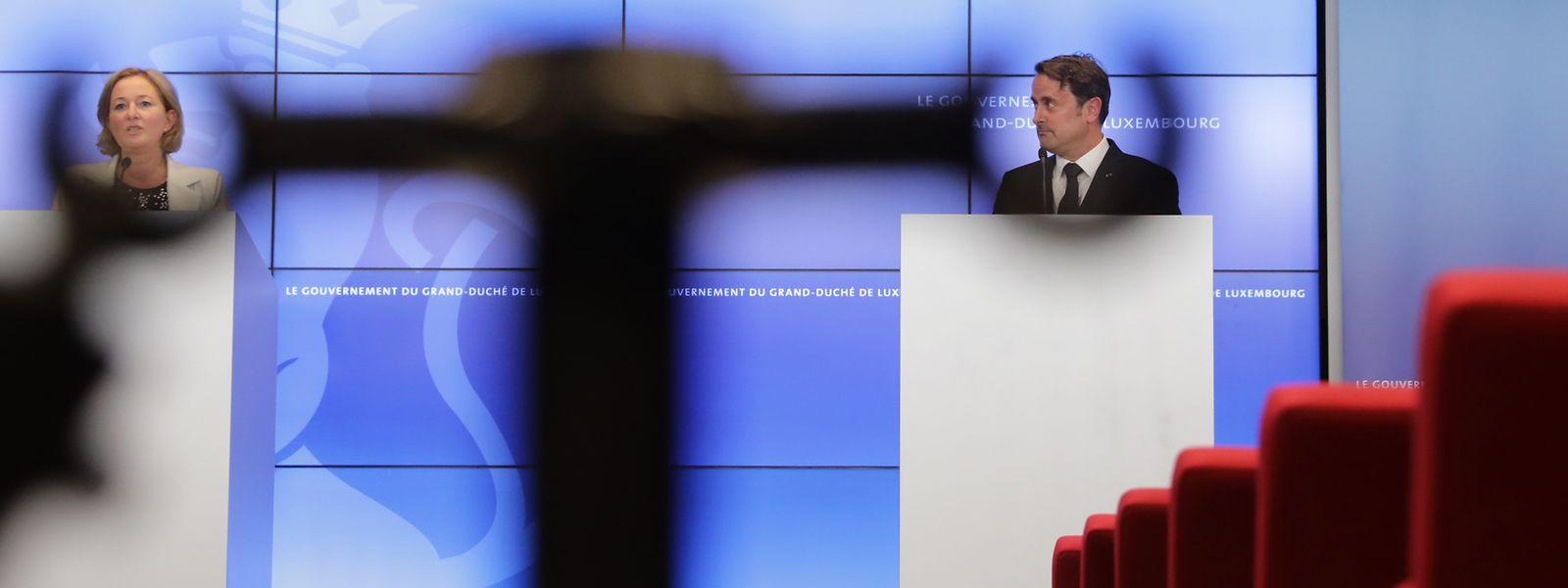 Outre la quarantaine de conférences de presse réalisée par les membres du gouvernement, la lutte contre la pandémie de covid-19 aura obligé l'exécutif à publier quelque 160 décisions au cours des trois derniers mois.