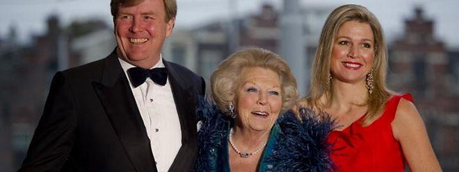 Willem-Alexander va succéder à l'actuelle reine des Pays-Bas, Beatrix.