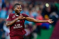 Metz' Senegalese forward Habib Diallo celebrates after scoring a goal during the French L1 football match between Metz (FCM) and Monaco (ASM) at Saint Symphorien stadium in Longeville-les-Metz, eastern France, on August 17, 2019. (Photo by JEAN-CHRISTOPHE VERHAEGEN / AFP)