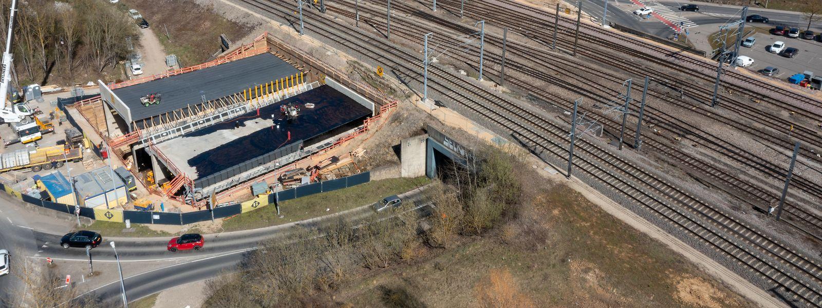 Le futur tunnel Rangwee sera installé entre le 1er et le 7 avril. Une opération compliquée «par le timing imposé», assurent les Ponts et Chaussées.