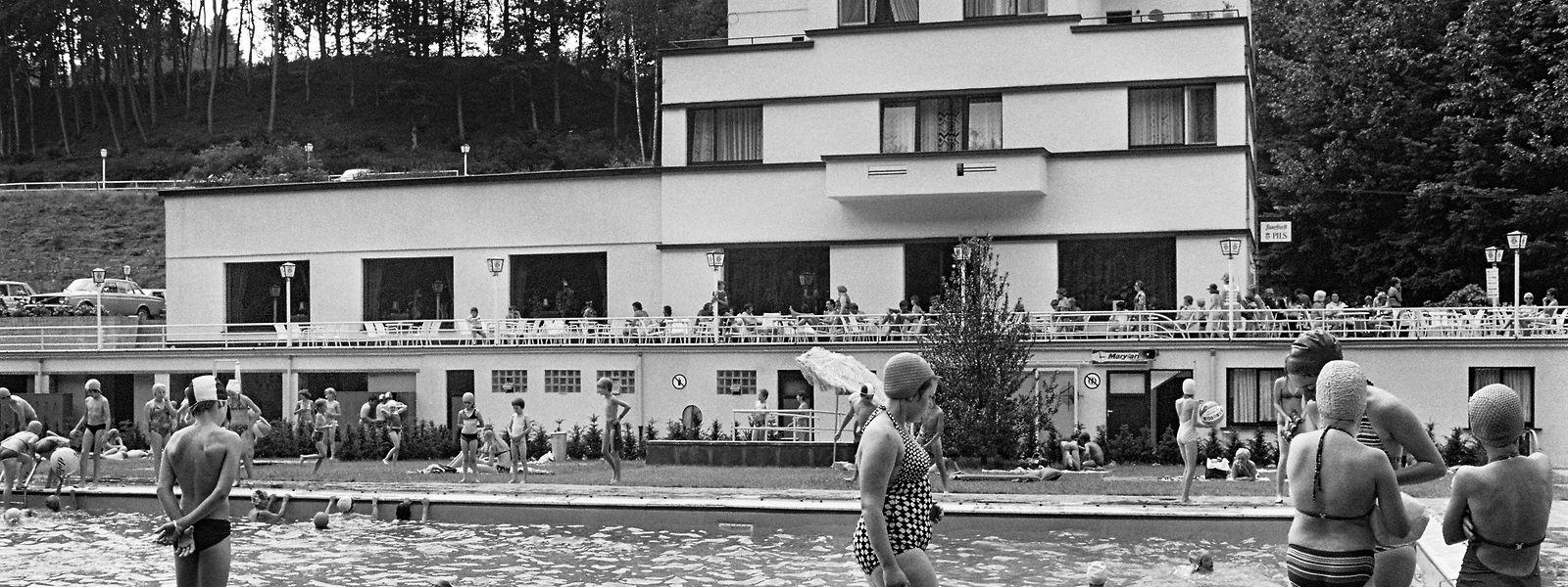 Eine Aufnahme aus vergangenen Zeiten: Einst befand sich in Gantenbeinmühle ein beliebtes Freibad. Diesen Sommertag im Jahr 1977 hielt Marcel Tockert im Bild fest.