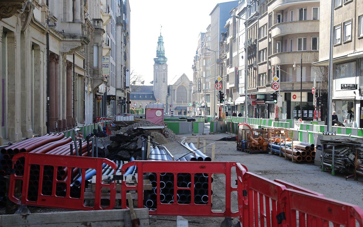 Seit 20. März gilt ein landesweiter Baustopp. Auch die Tramarbeiten im hauptstädtischen Bahnhofsviertel ruhen.
