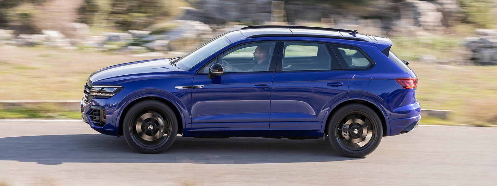 Der VW Touareg R weckt Lust am nachhaltigen Cruisen und macht mit seinem elektrischen Boost gleichzeitig Spaß.