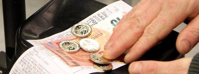 A inflação nos países da moeda única continua negativa em Março