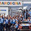 Dani Sordo et Carlos del Barrio fêtent la victoire avec Hyundai.