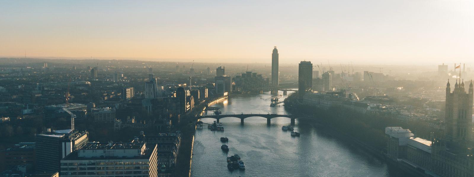 """Hakan Enver: """"Arbeitsplätze werden weiterhin aus London verlagert, wobei Dublin mit Abstand der größte Nutznießer ist, gefolgt von Luxemburg, Paris, Frankfurt und Amsterdam."""""""