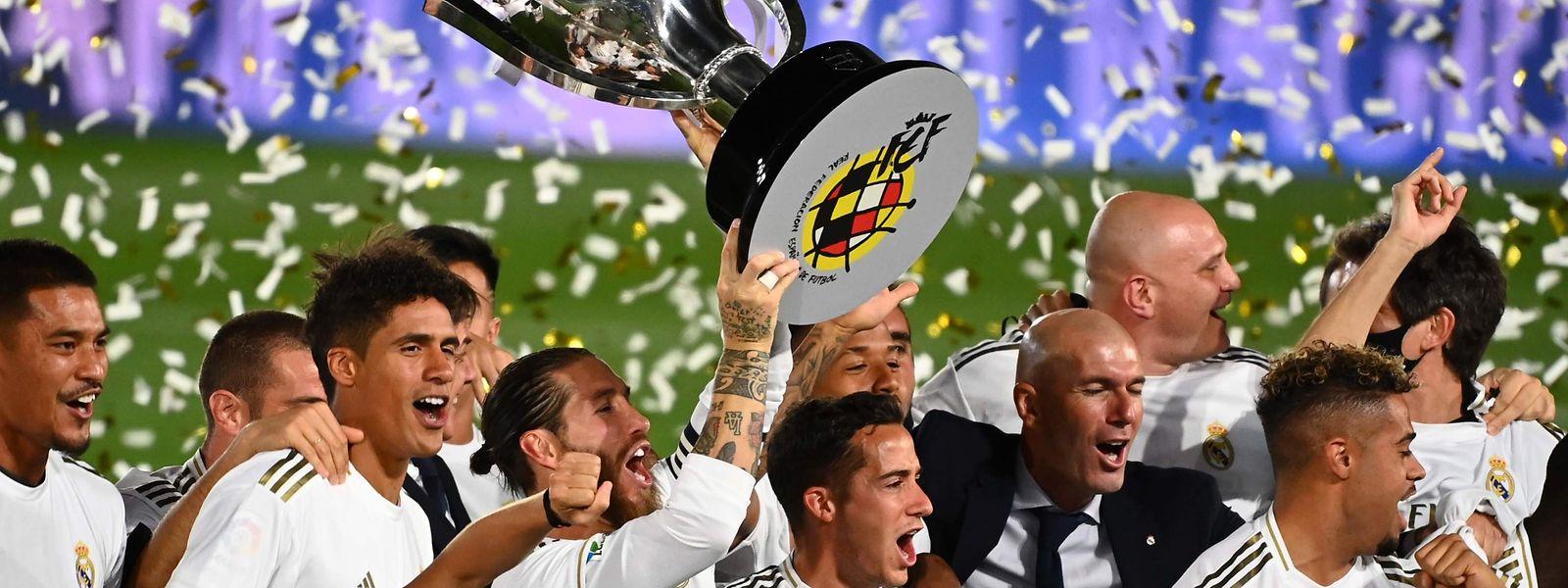 Après deux ans de règne du Barça, le Real Madrid a reconquis le titre de champion.