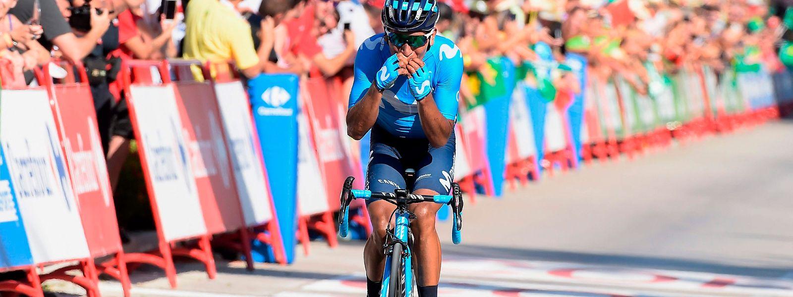 Nairo Quintana hat im Ziel 5'' Vorsprung.