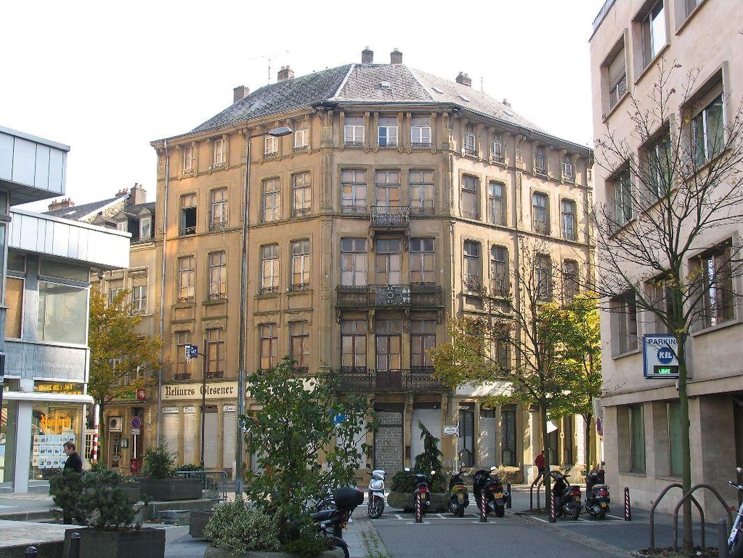 So sieht das historische Gebäude heute aus...