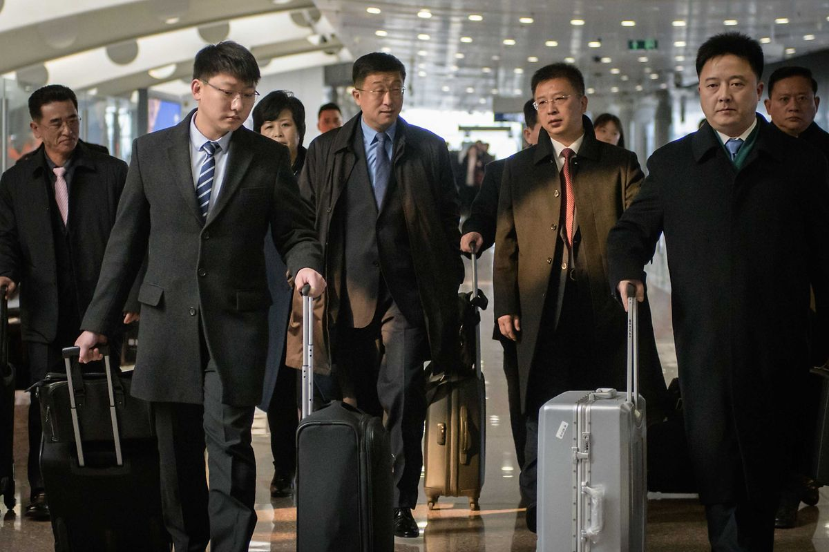 Die Führung in Pjöngjang soll sich des Diplomaten Kim Hyok Chol  (3.v.l.) auf brutale Weise entledigt haben.