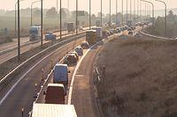 19.9. Chantier E411 / Stau rund um die Autobahn aus Belgien / Sterpenich Foto:Guy Jallay