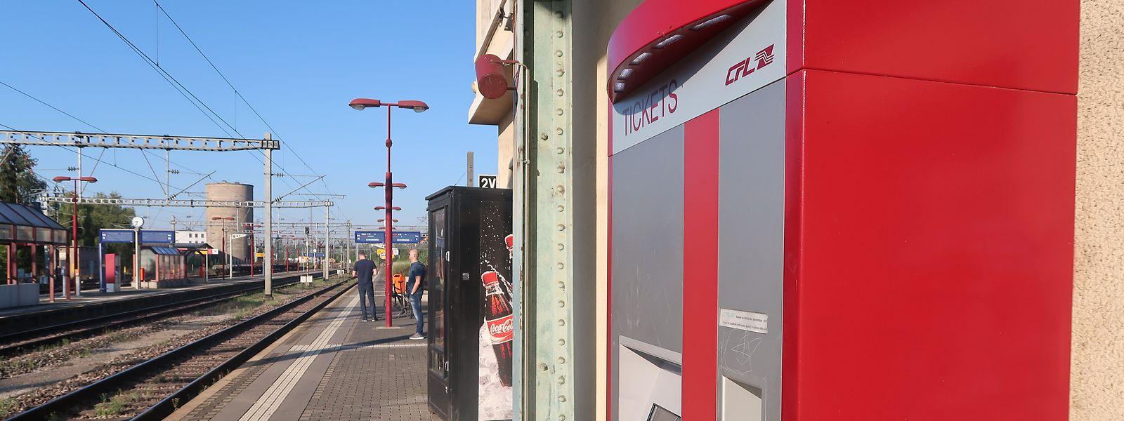 Display statt persönlicher Beratung: Von kommender Woche an können die Fahrgäste in Wasserbillig ihre Tickets nur noch am Automaten kaufen.