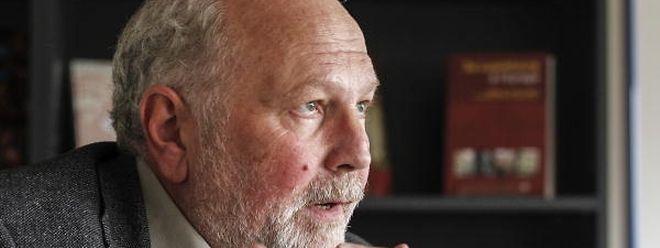 "Roland Meyer erhält den Prix Servais 2015 für ""roughmix""."