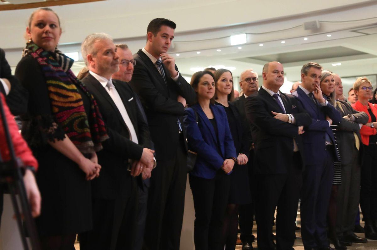 Rund 400 Gäste, unter ihnen die halbe Regierung und zahlreiche Abgeordnete, waren am Dienstag der Einladung in die Handwerkskammer gefolgt.