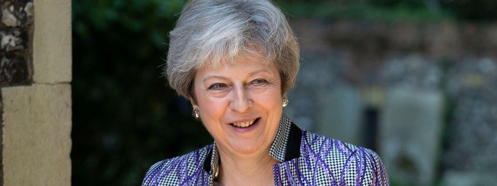 Theresa May, Premierministerin von Großbritannien, kommt zu einem Gottesdienst am Ostersonntag in der Nähe ihres Wahlkreises Maidenhead.