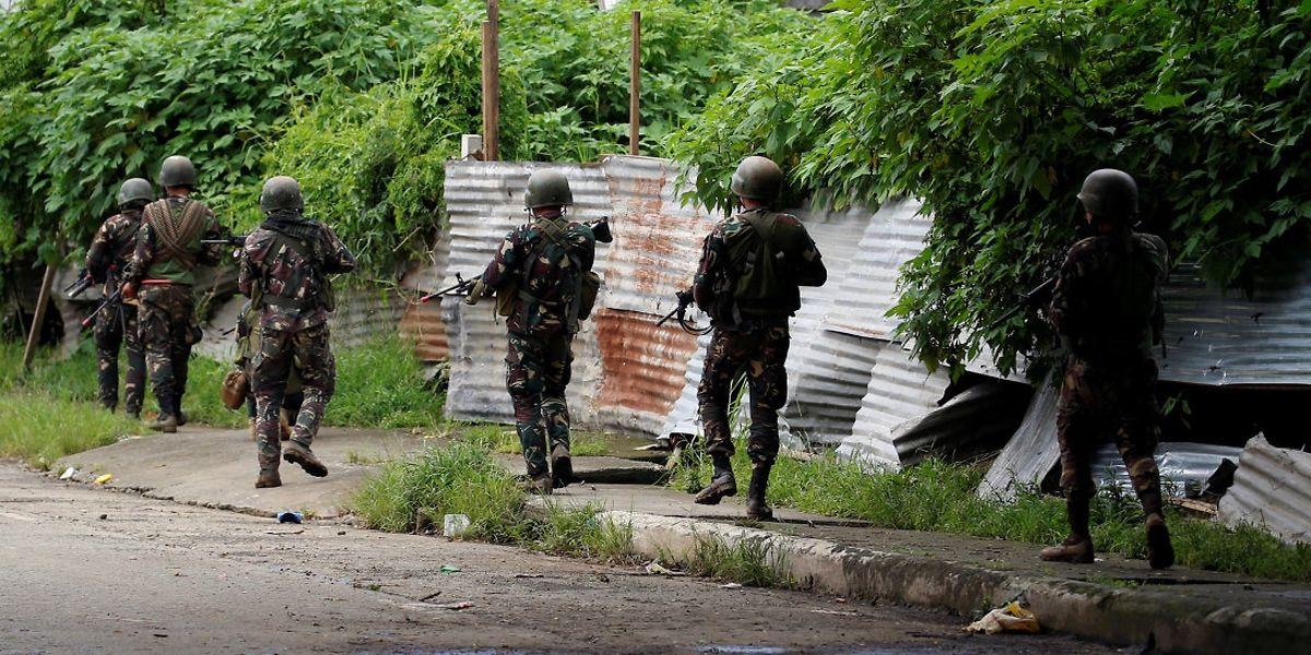 Nach 17 Jahren Verhandlungen hatten die Regierung und Rebellen der MILF im März 2014 Frieden geschlossen.
