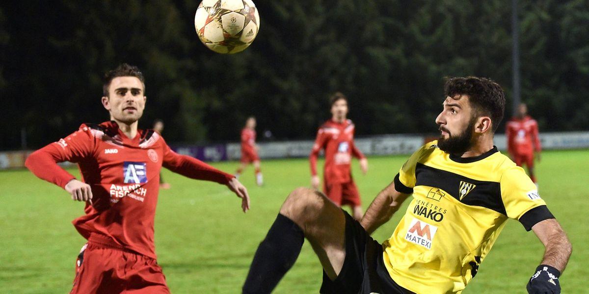 Dzenid Ramdenovicet ses partenaires du Progrès ont pris la cinquième place à l'UNA Strassen d'Edis Agovic.