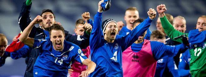 Die Fußballer aus Island haben sich erstmals für die Endphase einer Europa- oder Weltmeisterschaft qualifizieren können - ud räumen jetzt richtig ab.