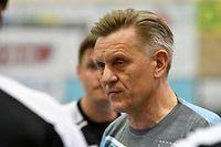 André Gulbicki, entraîneur  Handball Esch. Handball: HB Käerjeng - Handball Esch, AXA League. Um Dribbel, Bascharage. foto : Stéphane Guillaume